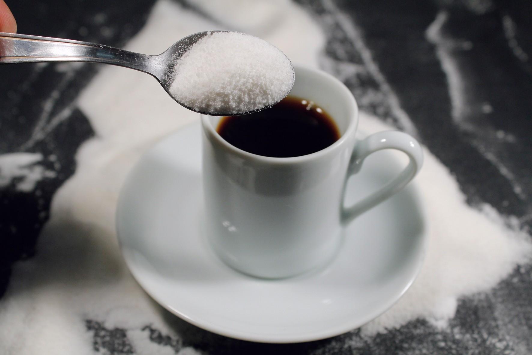 cafe engorda com açucar